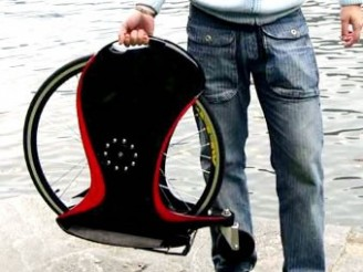 The MagicWheel – A Skateboard of a Different Sort