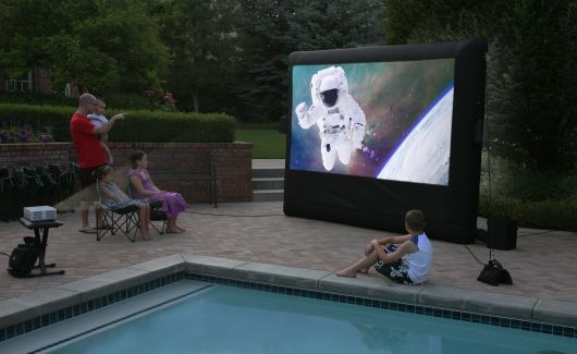 Cinebox Projection System Features Large Inflatable Big Screen