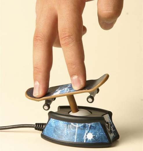 Get your USB mini rad gaming on with Actiga