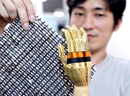 Flexible conductive nanotube material could be used for sensing robotic skin